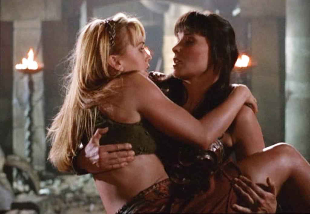 Xena-and-Gabrielle-Xena-Warrior-Princess