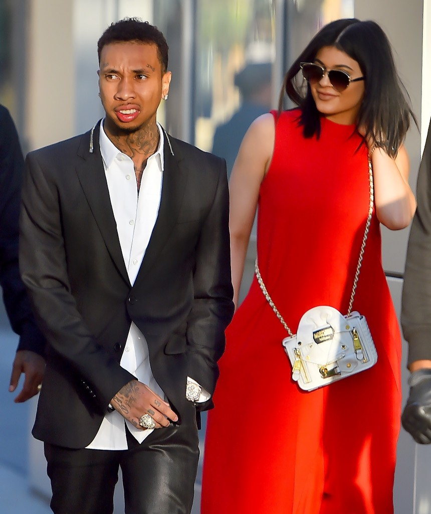 Kylie Jenner and Tyga head out to see a movie in downtown Los Angeles Pictured: Kylie Jenner and Tyga Ref: SPL1048774  080615   Picture by: Fern / Splash News Splash News and Pictures Los Angeles:310-821-2666 New York:	212-619-2666 London:	870-934-2666 photodesk@splashnews.com