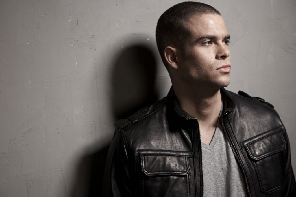 Mark-Salling-Photoshoot-mark-salling-8895092-1080-720