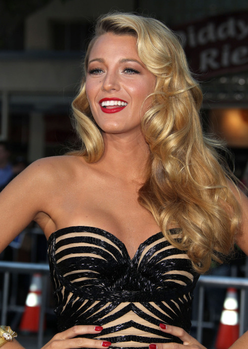 how many box office bombs will Blake Lively make before she gets 86'ed from the silver screen?