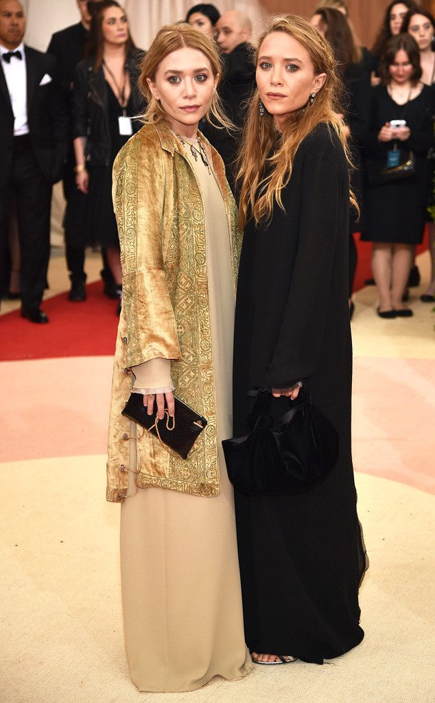 rs_634x1024-160502173435-634-MET-GALA-Arrivals-Mary-Kate-Olsen-Ashley-Olsen.ms.50216